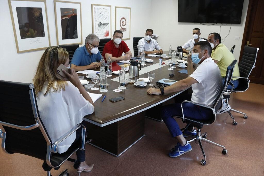 Cabildo y ayuntamientos constituyen la Mesa de Gestión de Cultura para planificar la estrategia de la desescalada